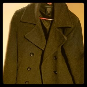 Peacoat, barely used, excellent condition. Classy,